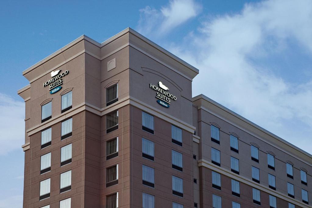 Homewood Suites by Hilton St. Louis - Galleria