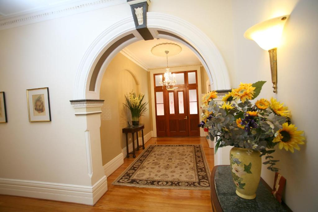 The lobby or reception area at Darcy's Hotel