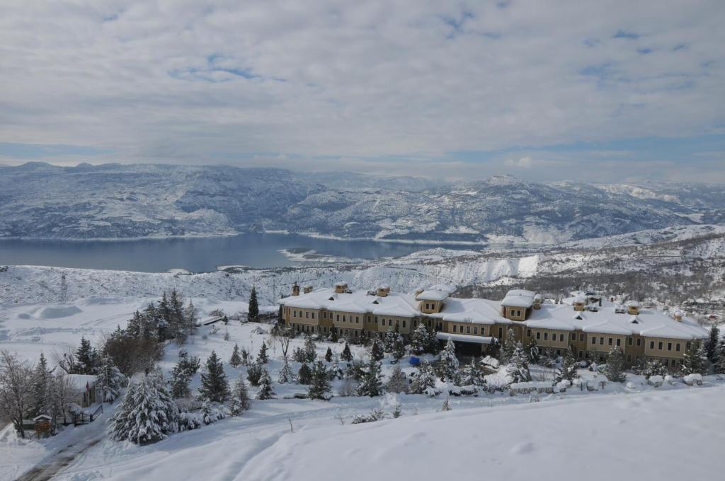 Ermenek Selcuklu Otel зимой