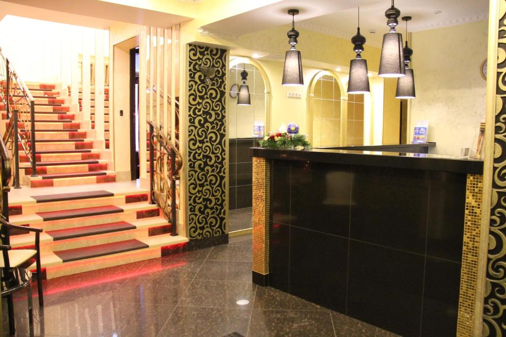 The lobby or reception area at Hotel Tema