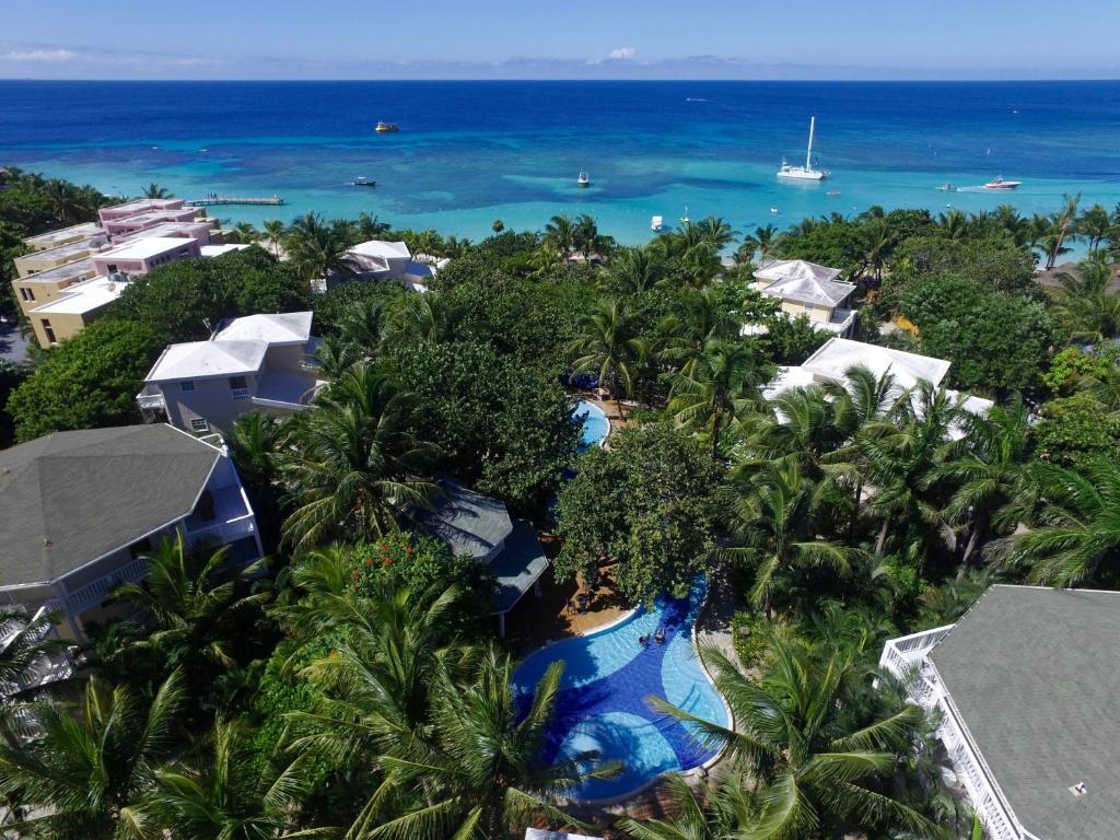 A bird's-eye view of Paradise Beach Hotel