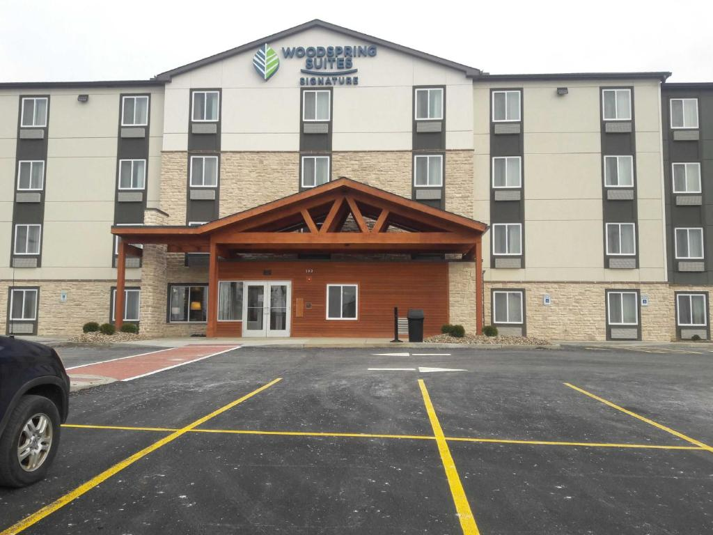 WoodSpring Suites Pittsburgh Cranberry