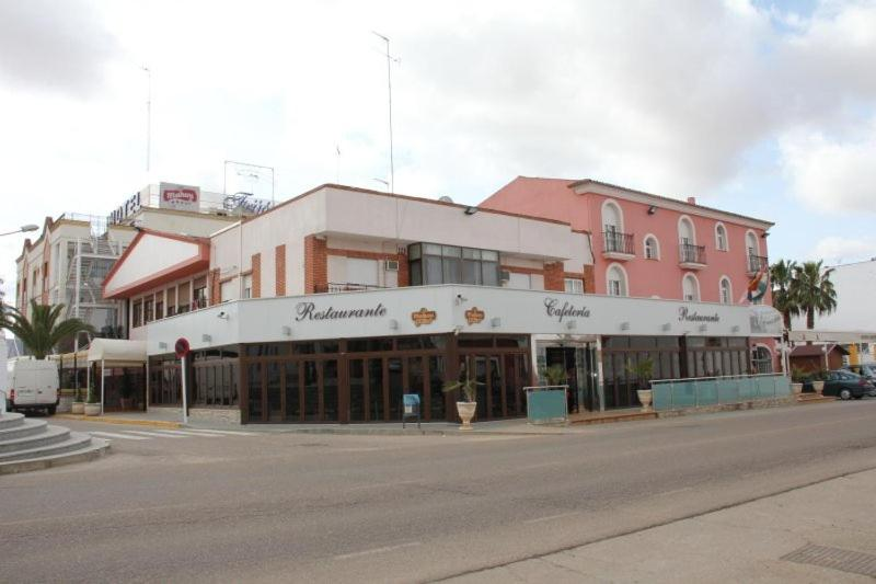 Hotel Frijon, Aceuchal – Updated 2020 Prices