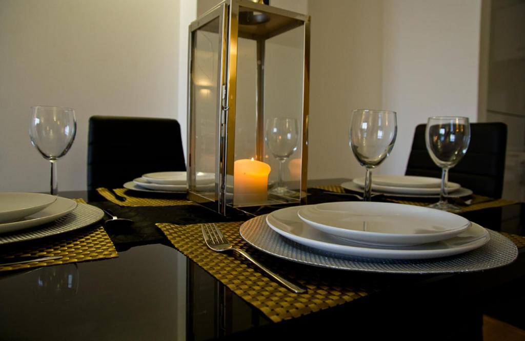 A restaurant or other place to eat at Central Brentwood - Essex Apartments