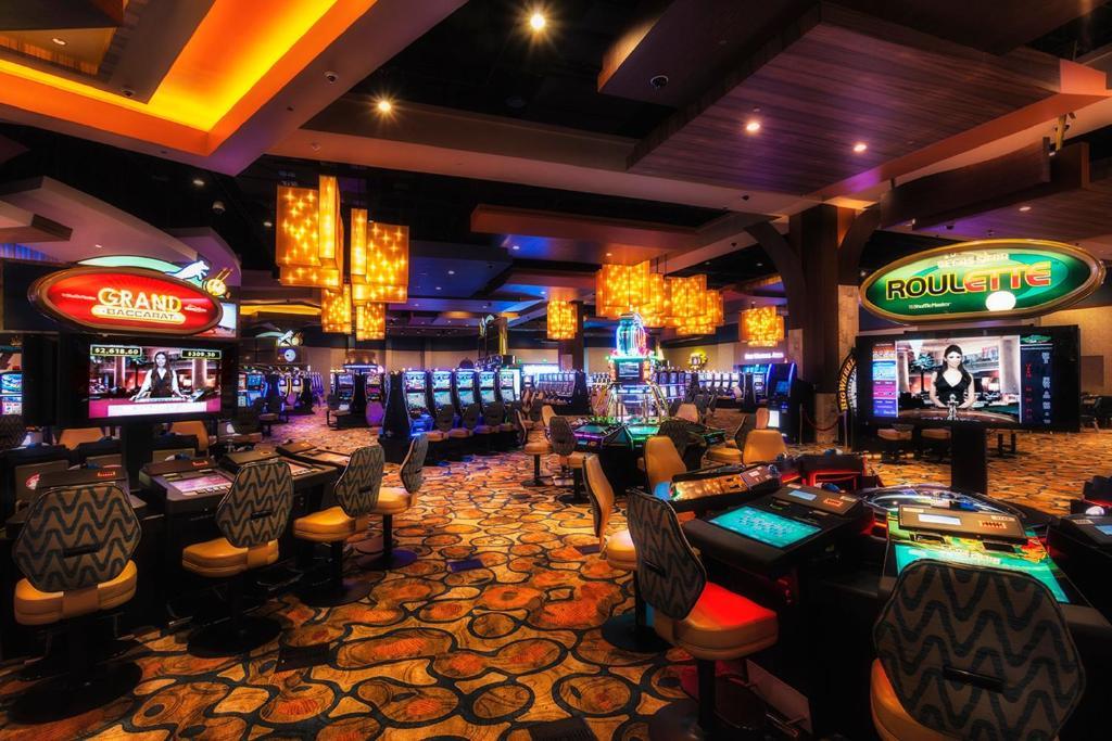 Twin arrows navajo casino resort directions online casino best odds