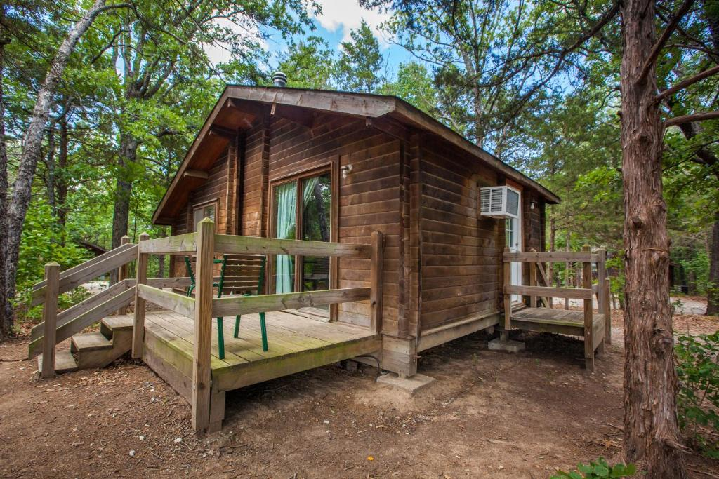 Lake Texoma Camping Resort Cabin 1