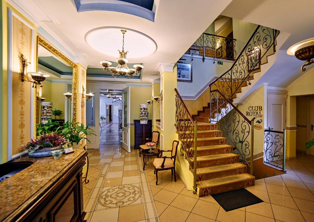 The lobby or reception area at Villa Royal