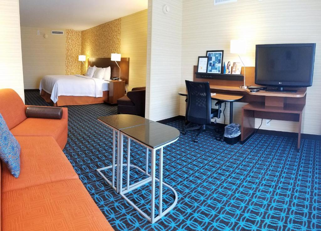 Fairfield Inn and Suites by Marriott Rochester West/Greece