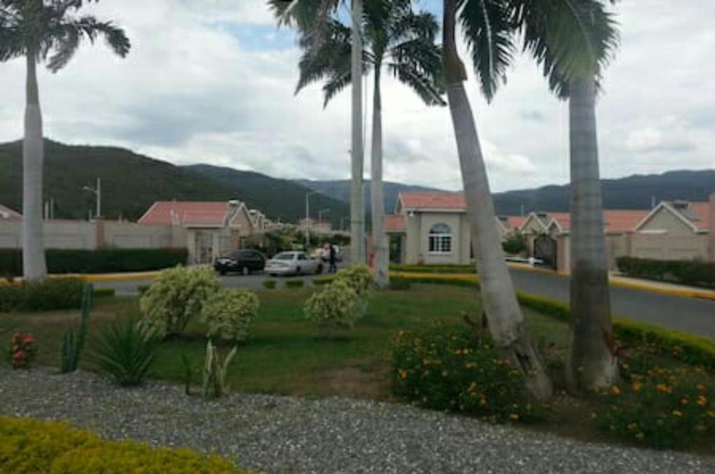 Caymanas Estate House