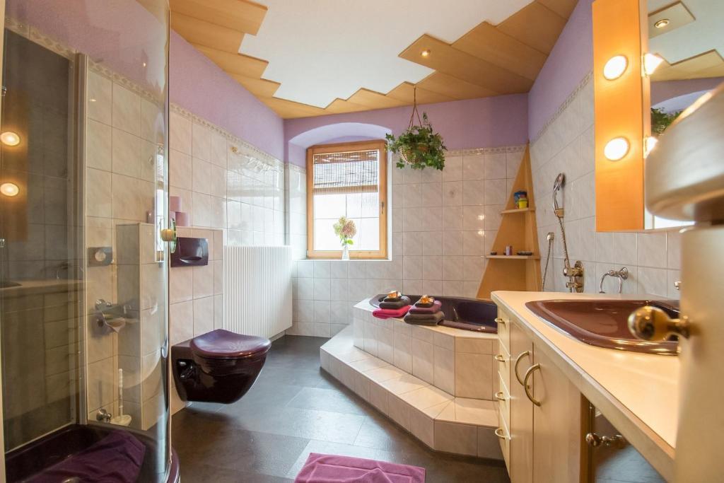 Ein Badezimmer in der Unterkunft Milcherhof