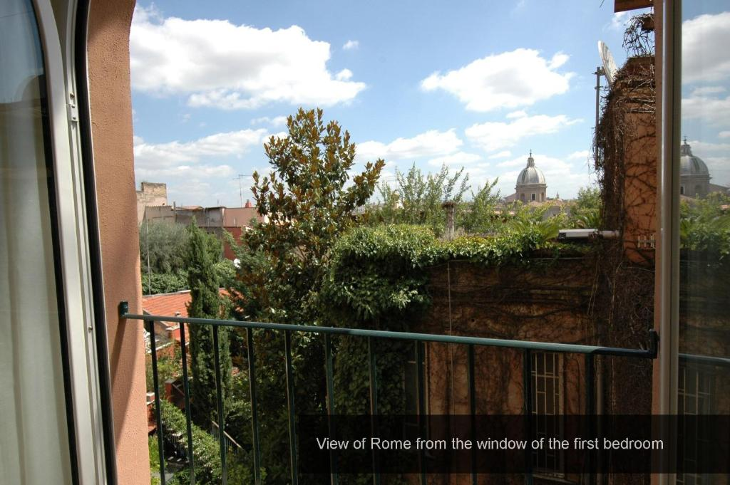 Apartment Sant Onofrio Rome Italy Booking Com