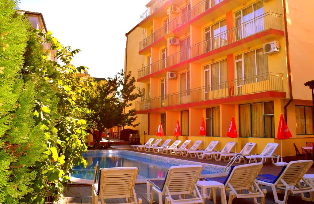The swimming pool at or near Ryor Hotel