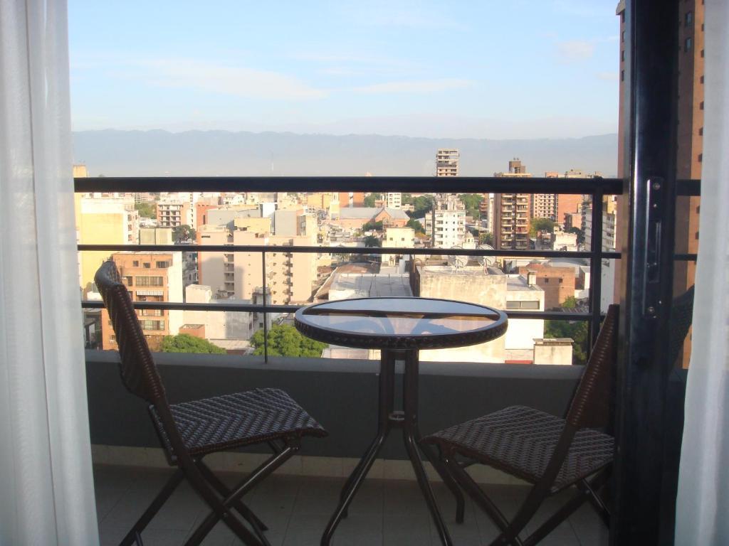 A balcony or terrace at Tucuman Norte Apartment