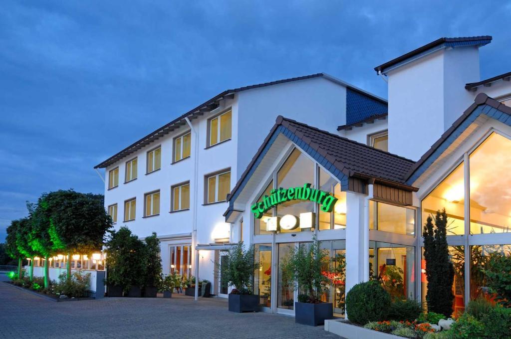 Hotel Schutzenburg Burscheid, Germany