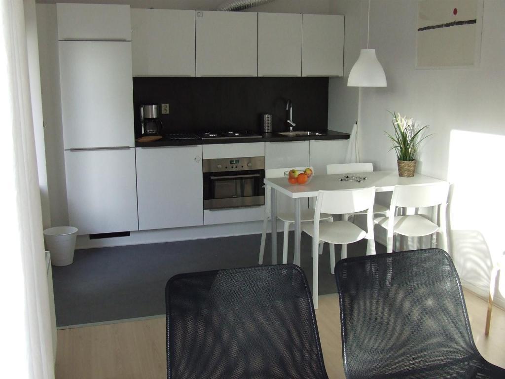 Een keuken of kitchenette bij De Viool