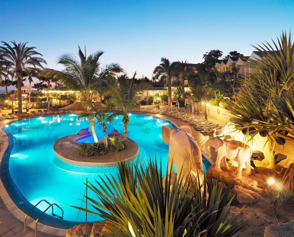 Vista de la piscina de Gran Oasis Resort o alrededores