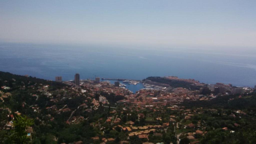 Appartement villa luxe vue mer et Monaco grand jardin