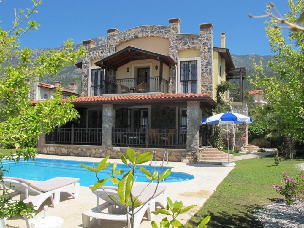 Xanthos Villa 37