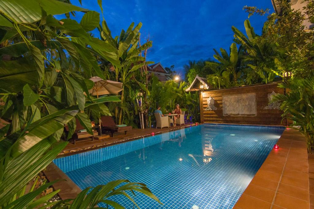 The swimming pool at or close to Suon Angkor Boutique