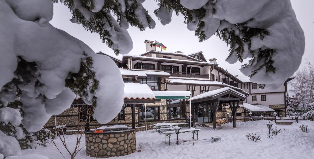 Хотел Танне през зимата