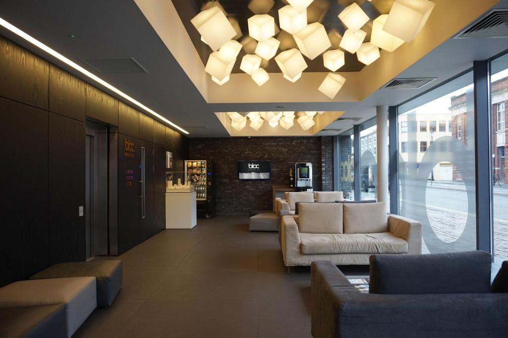 The lobby or reception area at Bloc Hotel Birmingham