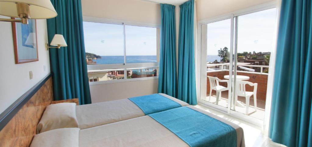 Hotel Gran Garbi Mar & AquasPlash Lloret de Mar, Spain