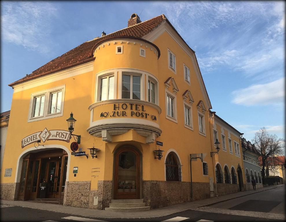 Hotel Garni Zur Post Gumpoldskirchen, Austria