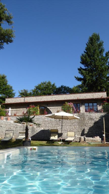The swimming pool at or close to Villa Pellegrino