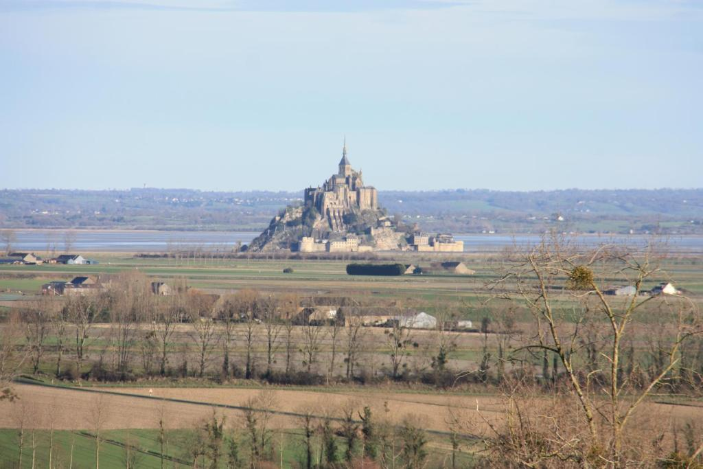 Terrasse Du Mont Saint Michel Roz Sur Couesnon Updated 2021 Prices