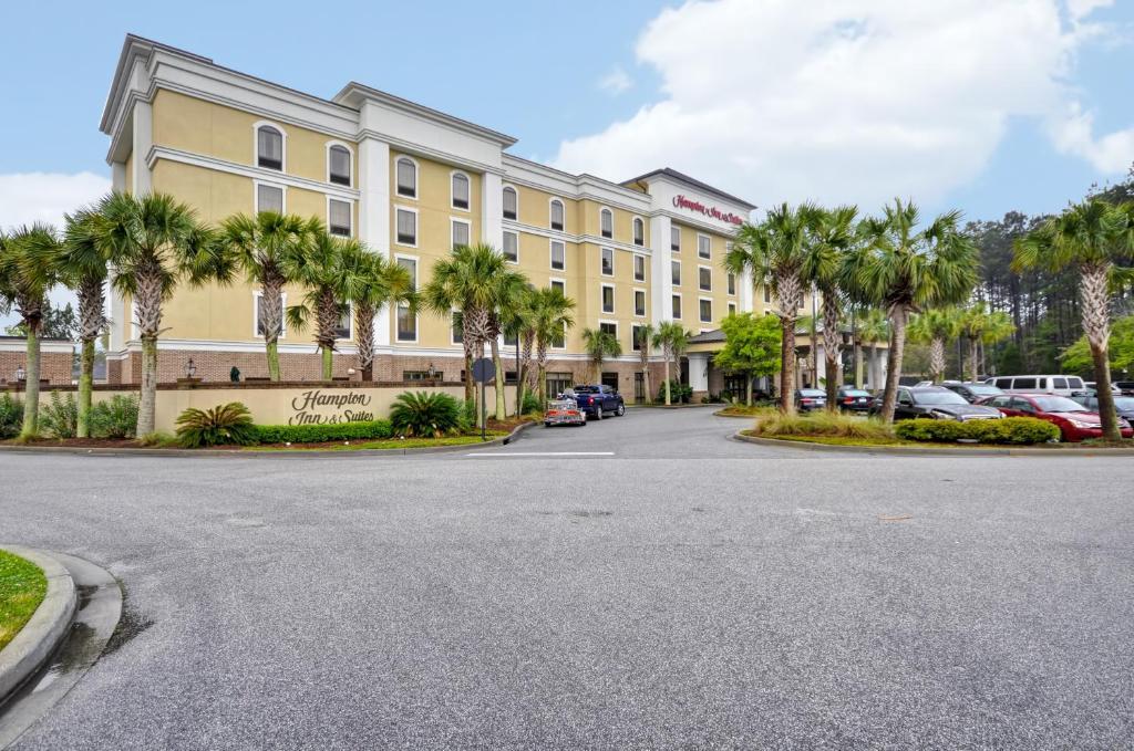 Hampton Inn & Suites North Charleston-University Boulevard