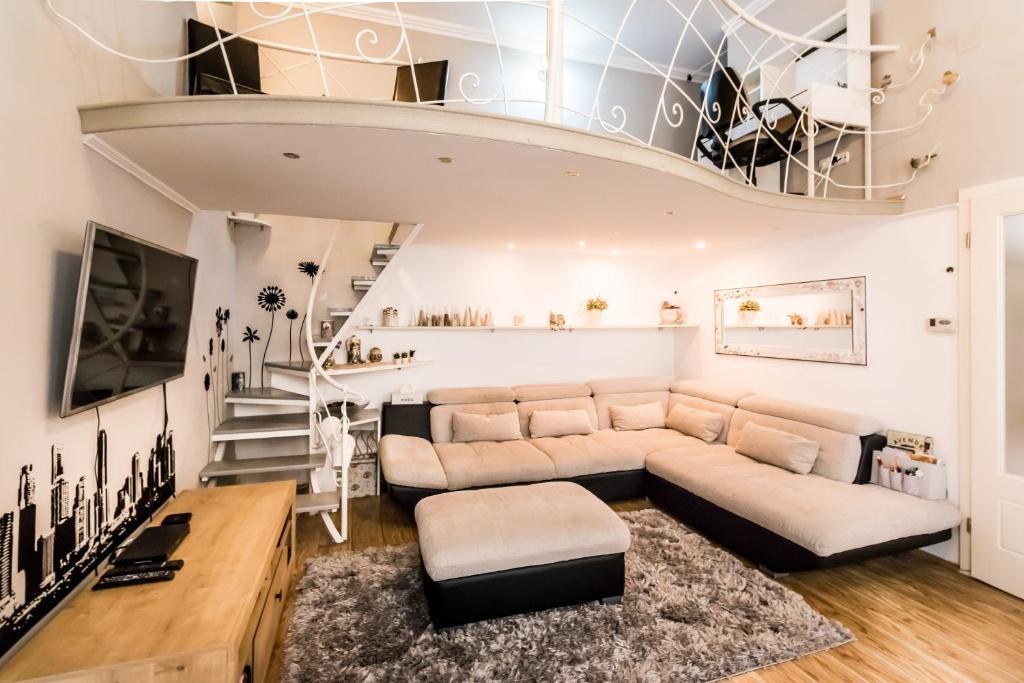 Bpr Horanszky Design Apartment Budapest Hungary Booking Com