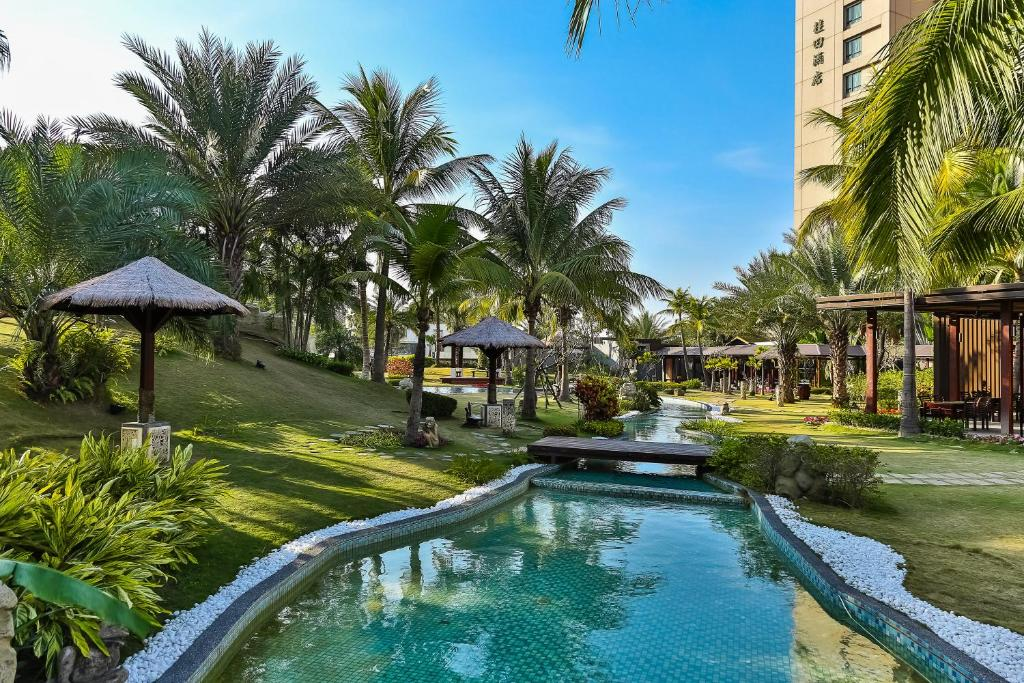 桂田酒店游泳池或附近泳池