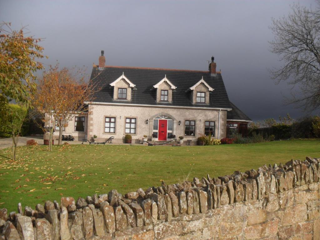 Bed And Breakfast Coolmore House Coleraine Uk Booking Com