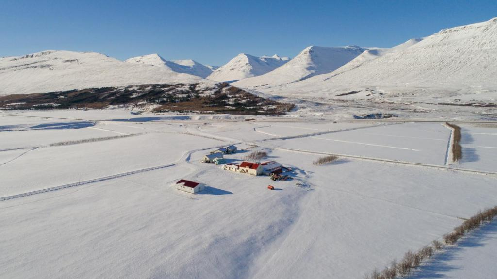Guesthouse Baegisa during the winter