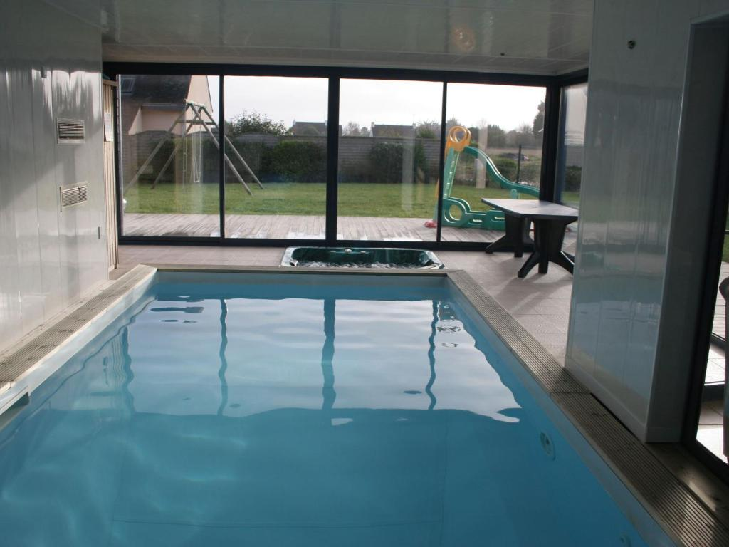 The swimming pool at or near Moulin 1