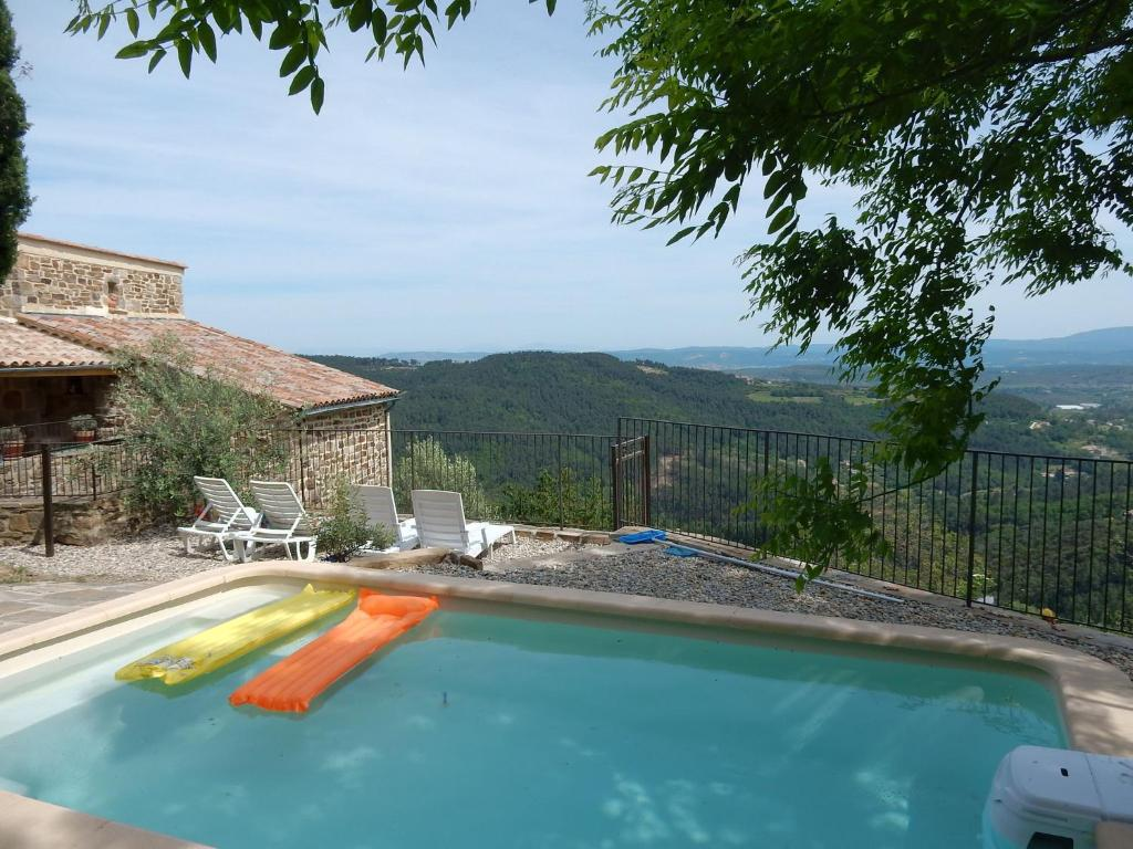 The swimming pool at or near Serene Holiday Home in Chassiers with Swimming Pool