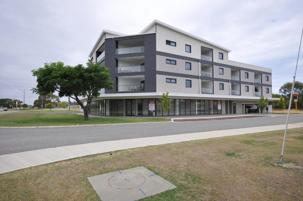 Coastal By Rockingham Apartments