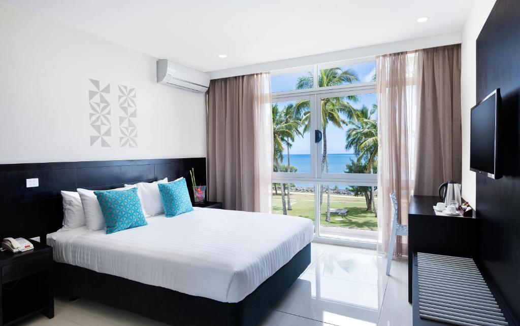 Tanoa International Dateline Hotelにあるベッド