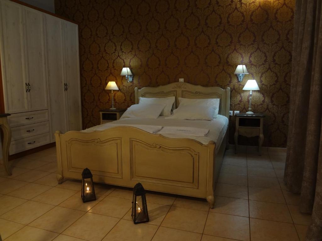 Ένα ή περισσότερα κρεβάτια σε δωμάτιο στο Villa Anastasia