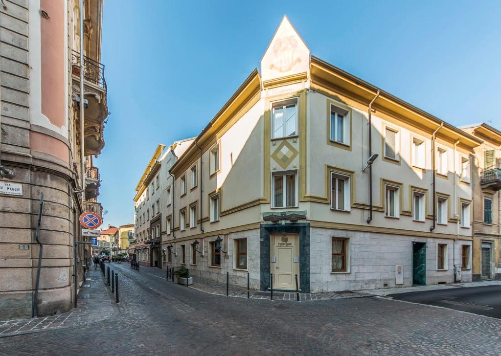 Alli Due Buoi Rossi Alessandria, Italy