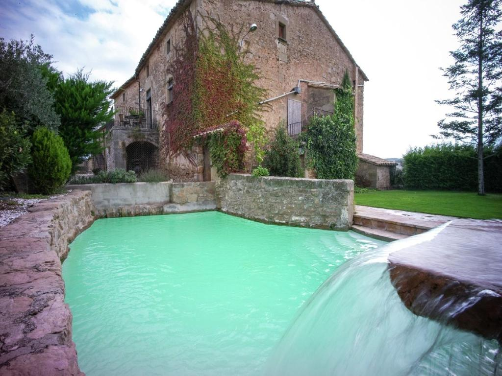 Vintage Mansion with Swimming Pool in Montmajor Spain 2