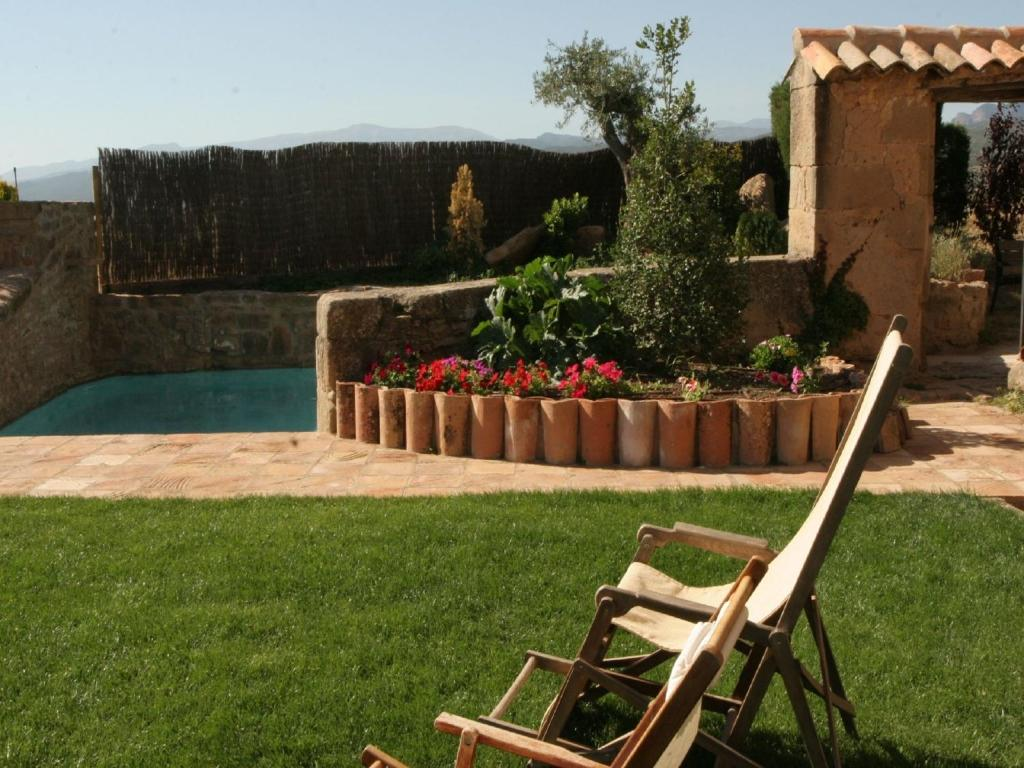 Vintage Mansion with Swimming Pool in Montmajor Spain 4