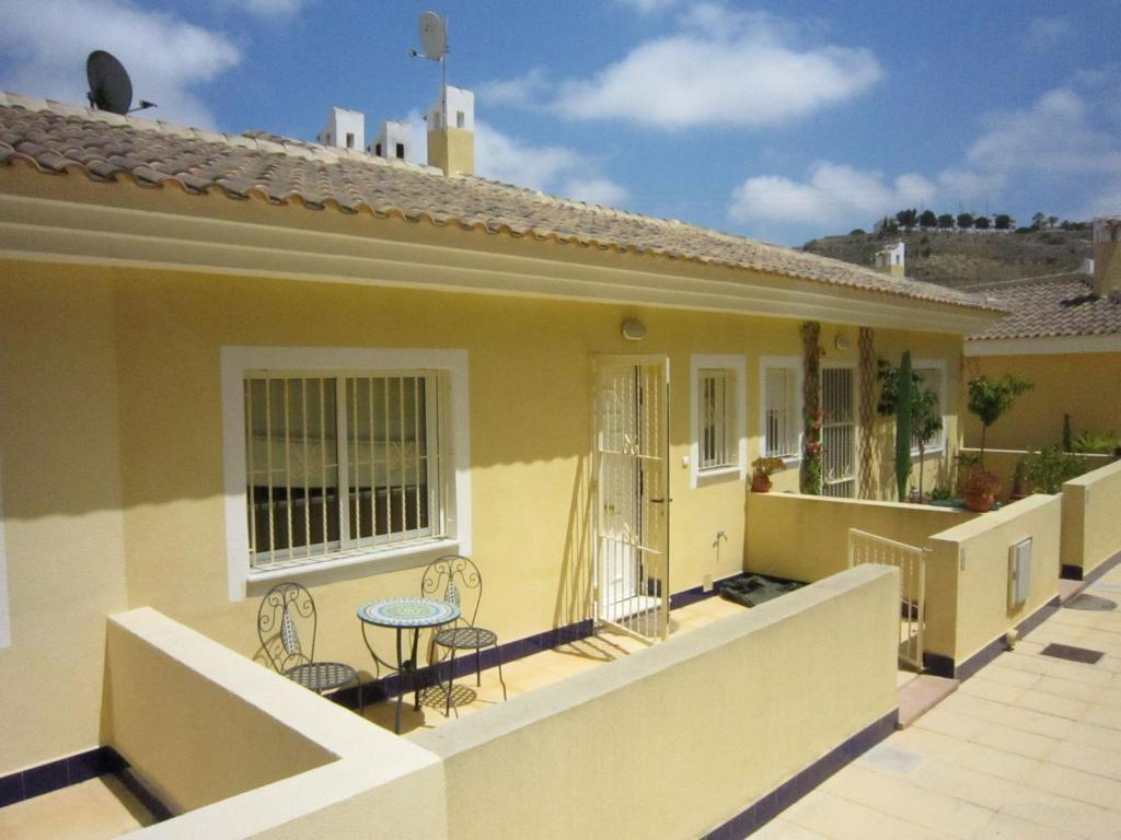 Quaint Holiday Home in Rojales with Pool 2