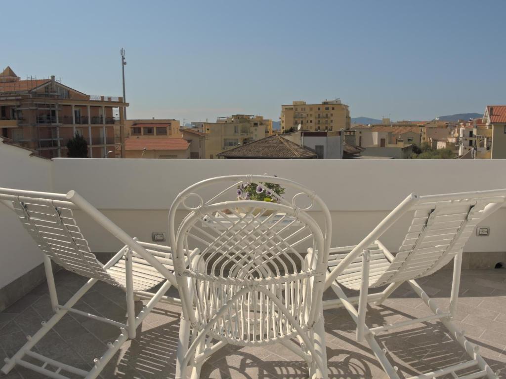 A balcony or terrace at Holiday Alghero