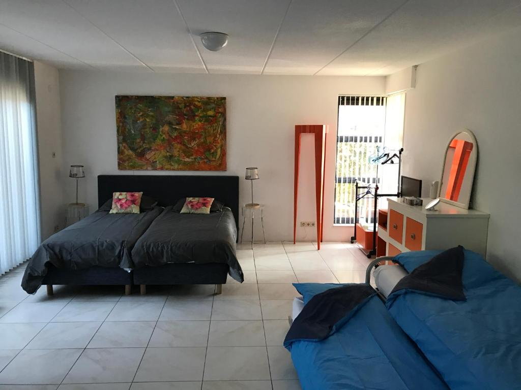 A bed or beds in a room at Apartment IBIZA
