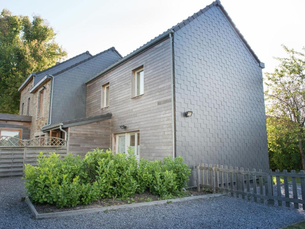 Renovated Cottage in Cornemont with Garden