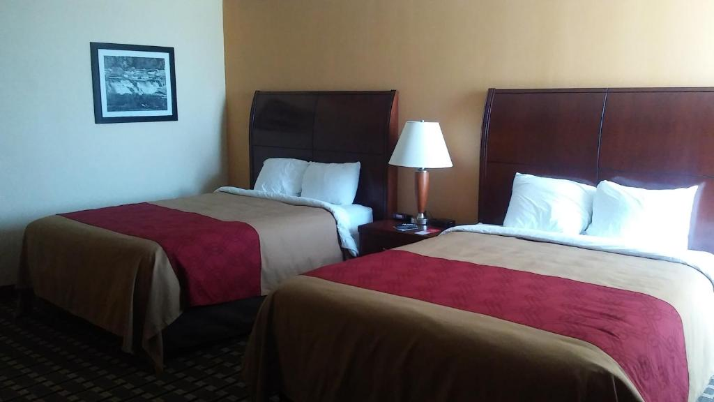 Econo Lodge Inn & Suites Brookings