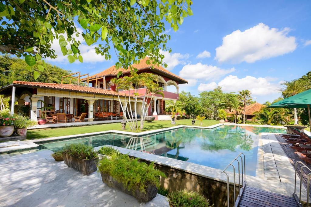 The swimming pool at or near Canang Sari Uluwatu Villas Bali