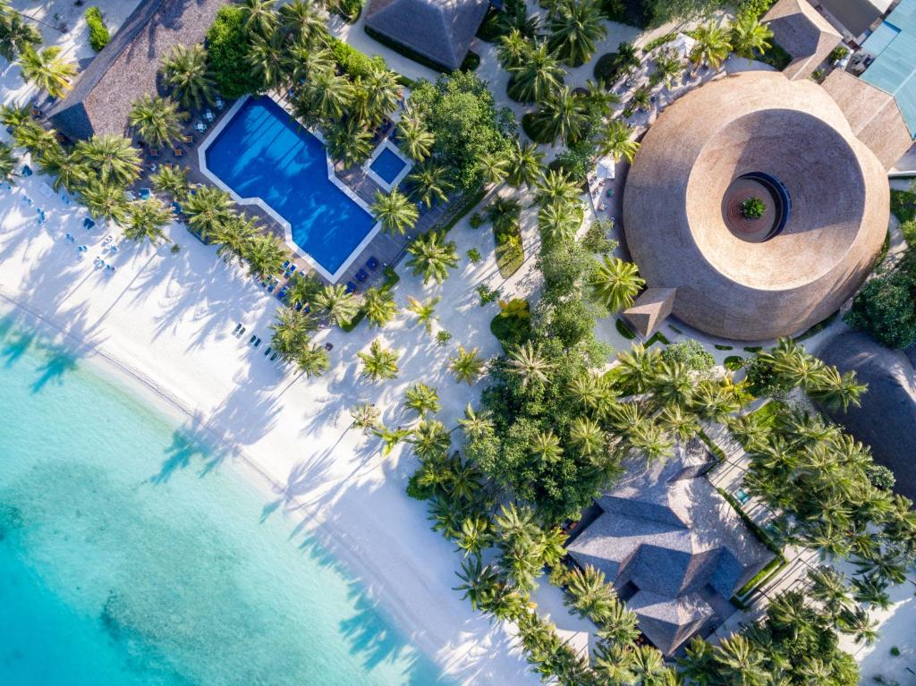 Blick auf Meeru Island Resort & Spa aus der Vogelperspektive