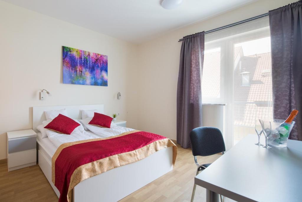 Ein Bett oder Betten in einem Zimmer der Unterkunft Di Verdi Imperial Hotel